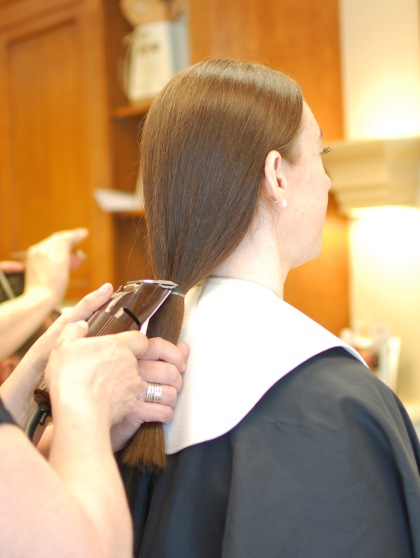 preparing-second-ponytail-hair-donation